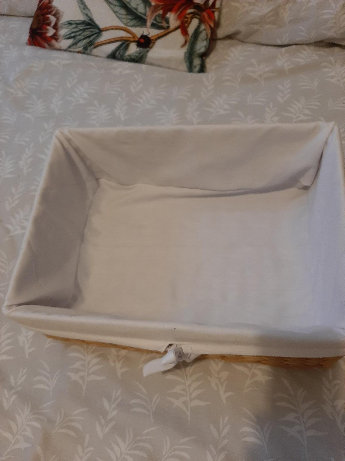 lovely linen lined woven basket strong and in great condition 16 x 6 x 12 inches