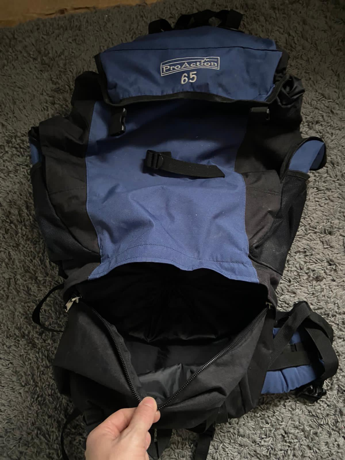 65litre ProAction rucksack with 4 zip pockets and the main compartment. Cushion waist support around the main buckles. Not been used for a few years