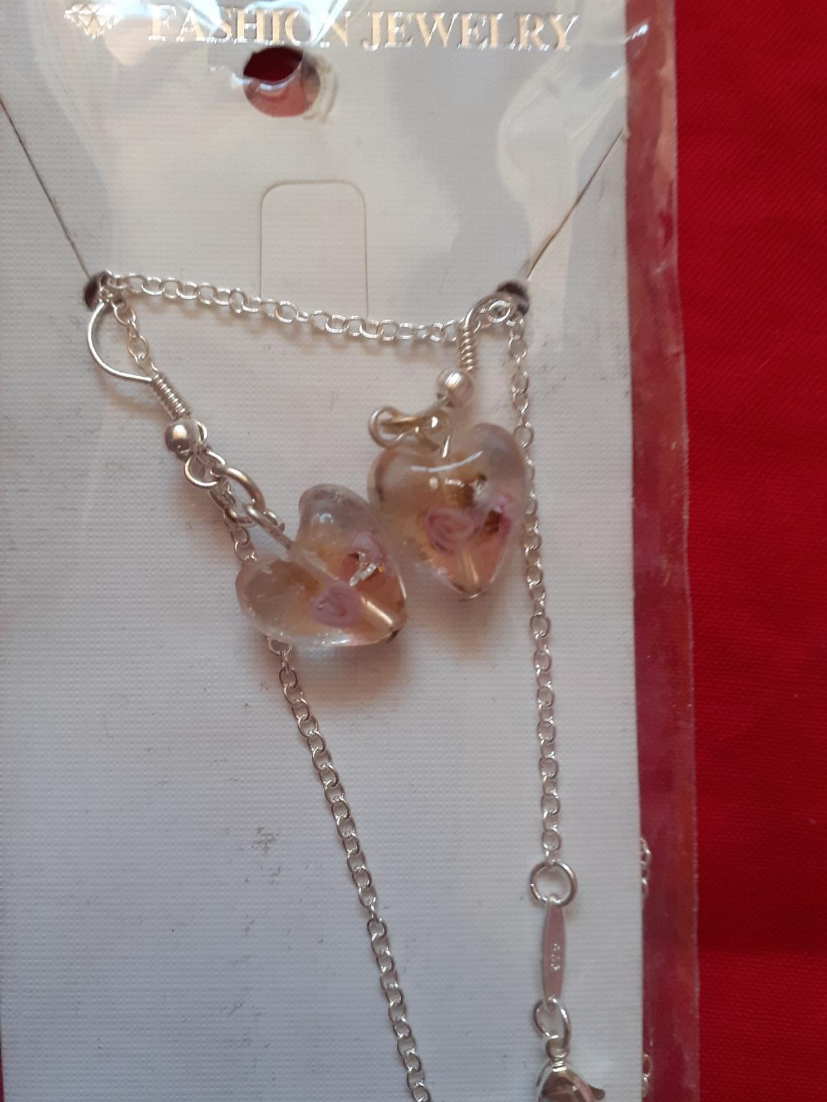 2 necklace & ear ring sets,  one pink & one lilac NEVER BEEN WORN - IDEAL GIFT £5 PER SET  FROM SMOKE & PET FREE HOME