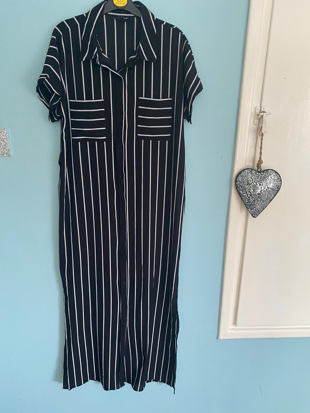 In Great Condition Happy to post items from £3 💌 My Hermes (Can Combined Postage) Items can also be purchased through Shpock wallet 🌟 Will accept paypal, fees must be added if paying Via buisness option* *Collection is Kingswinford DY6 *Will hold items for 3 days or items will be relisted **TIMEWAISTERS WILL B REPORTED! 🌟Be sure to follow me for more regular bargains🌟 👡👢🛍