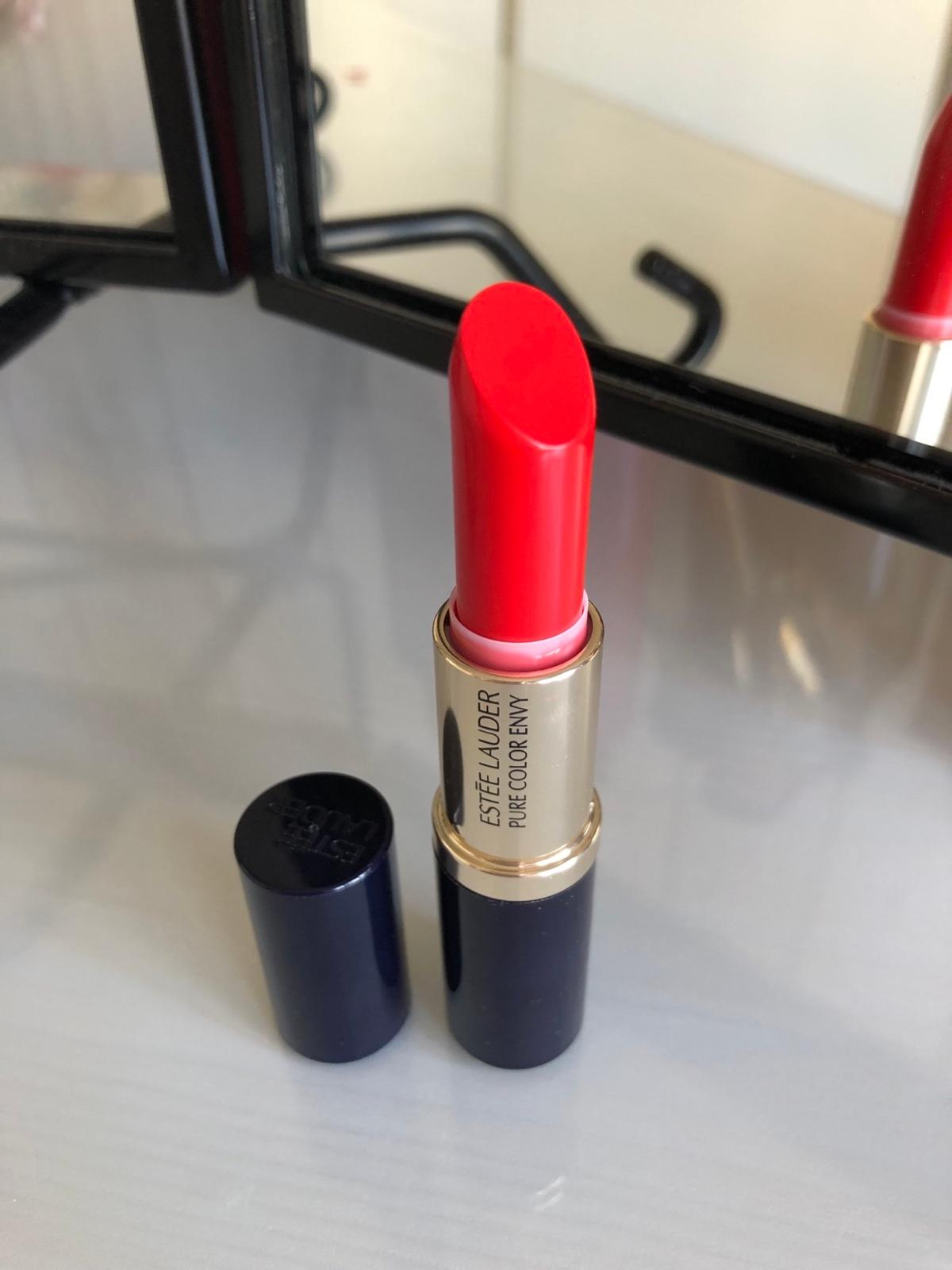 """Brand new Estée Lauder Pure Colour Envy Sculpting Lipstick in """"Uninhibited""""  Perfect condition - completely unused  Bundle discount for more than items. Happy to combine postage. Check out my other items for sale.  Postage via 2nd class Royal Mail  Away Aug 6th - 9th - there will be a delay in postage if purchased during this time"""
