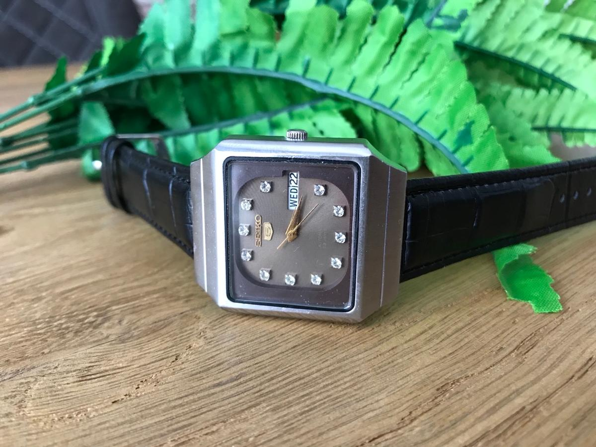 Vintage Seiko 5 Automatic 6349-503B. Tested and is fully working, keeping good time. Very good condition. New strap. Quick set day date working as it should. Secure delivery with Royal Mail.